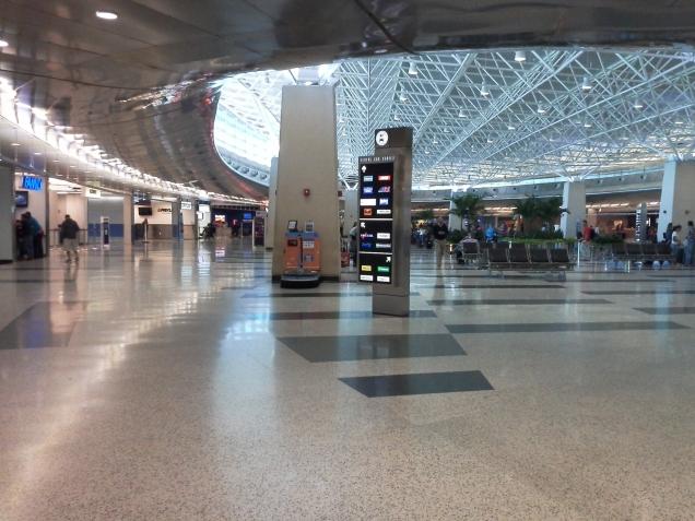 Área do Aeroporto de Miami destinada às locadoras