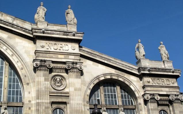A bela fachada da Gare du Nord, Paris