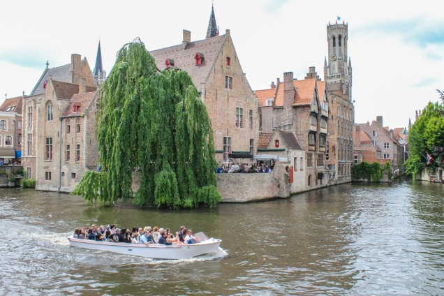 Bruges passeio barco canal