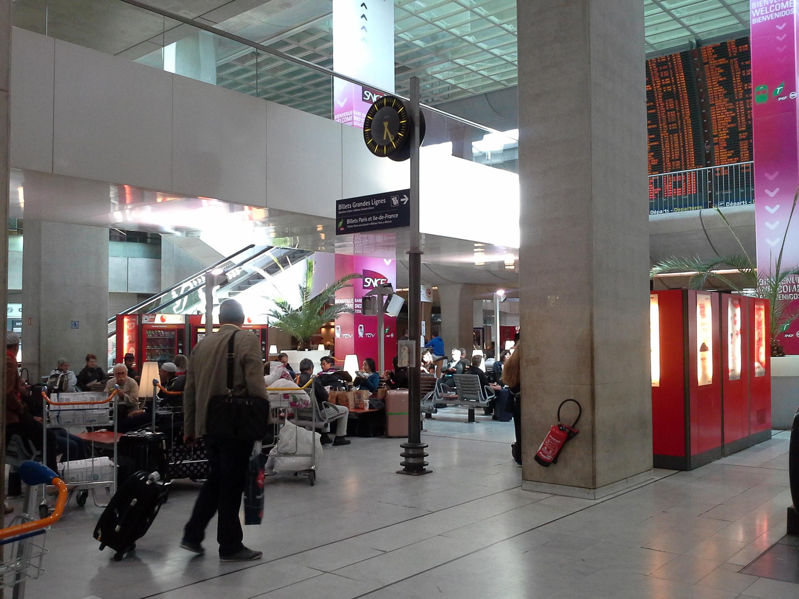 CDG estação terminal de trem
