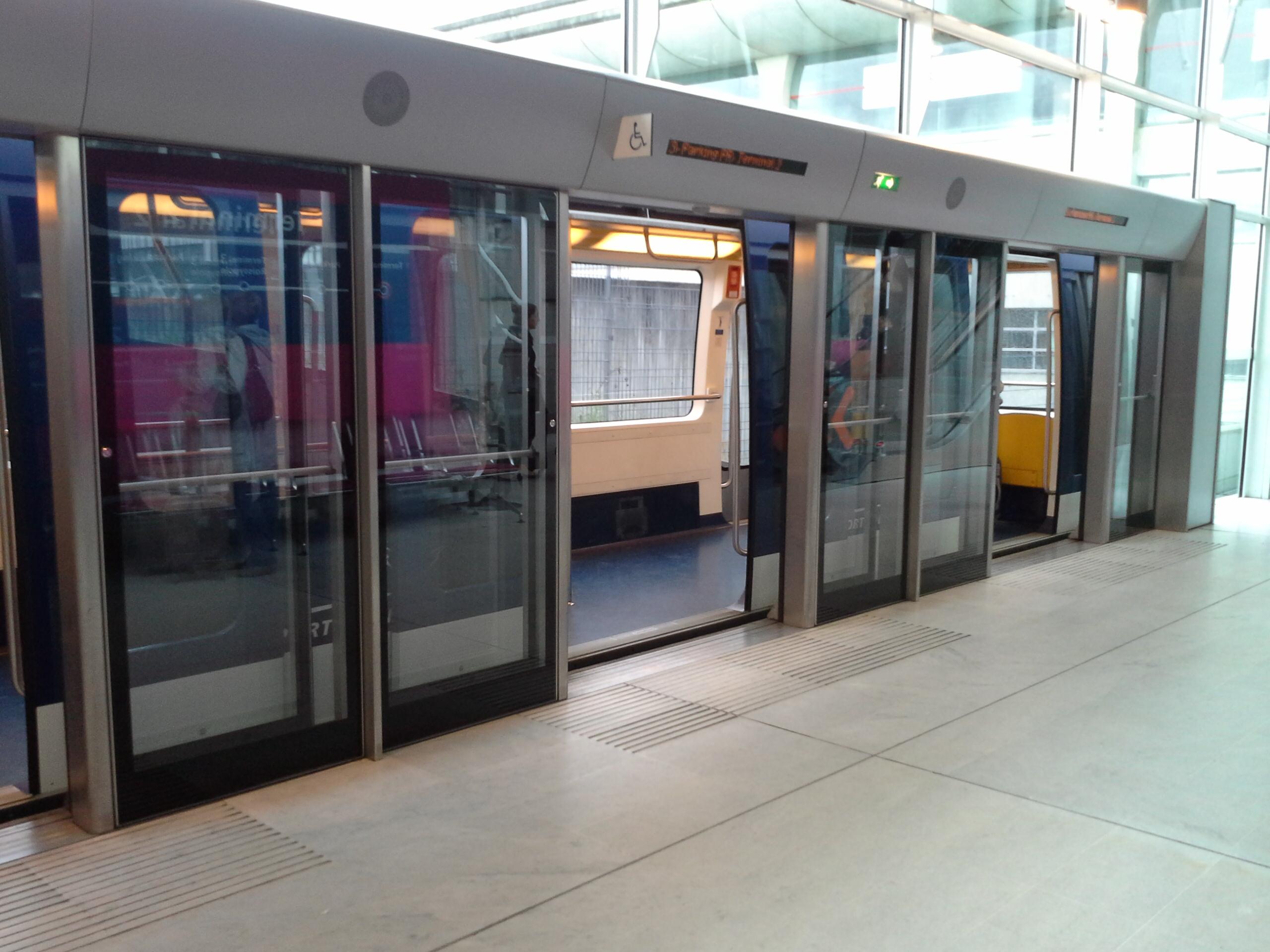 como é trem de Paris a Amsterdam
