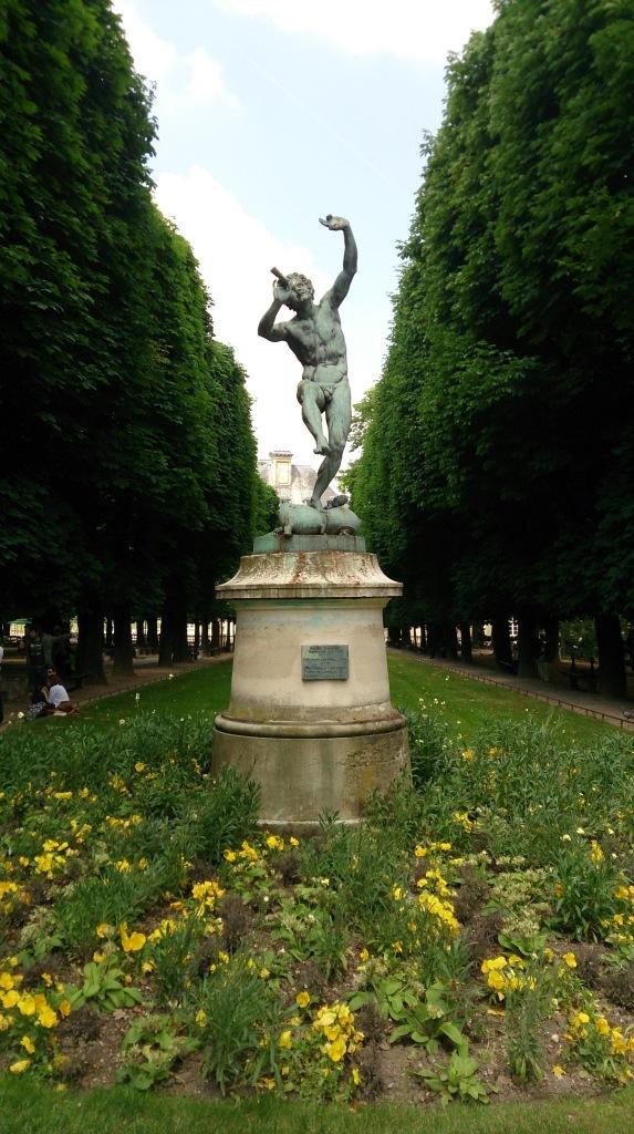 estátuas luxemburgo Paris