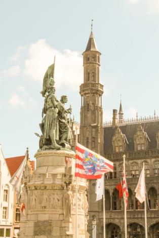 Bruges praça principal