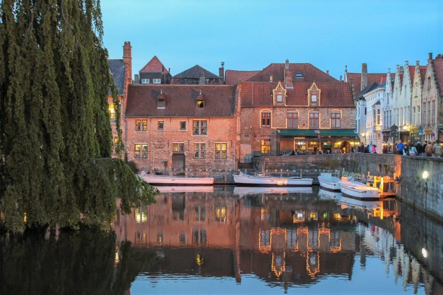 Bruges noite
