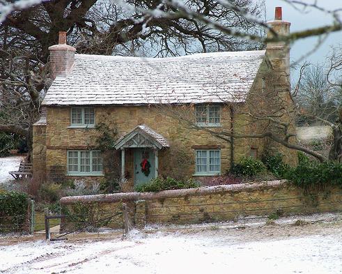 Cottage disponível para troca no filme O Amor não Tira Férias