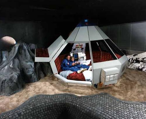fantasuite-hotel-space-odyssey