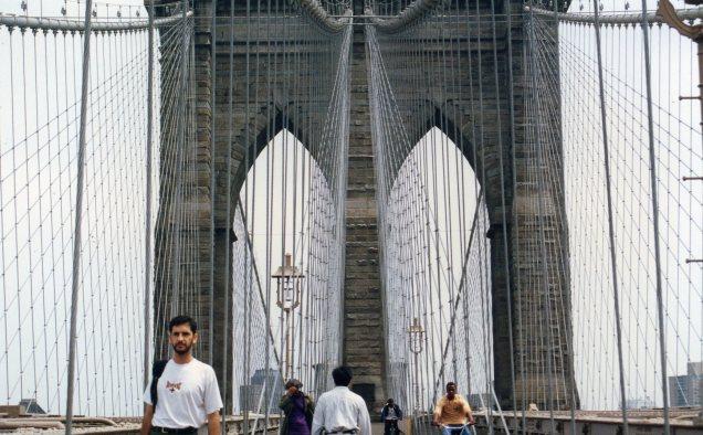 Em 1996 caminhamos sobre a ponte do Brooklyn