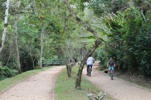 A ciclovia e pista de caminhada