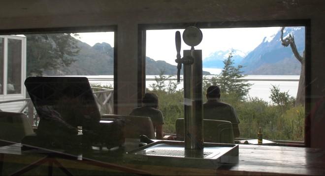 O restaurante do Hotel com vista para o Lago e o Glaciar Grey