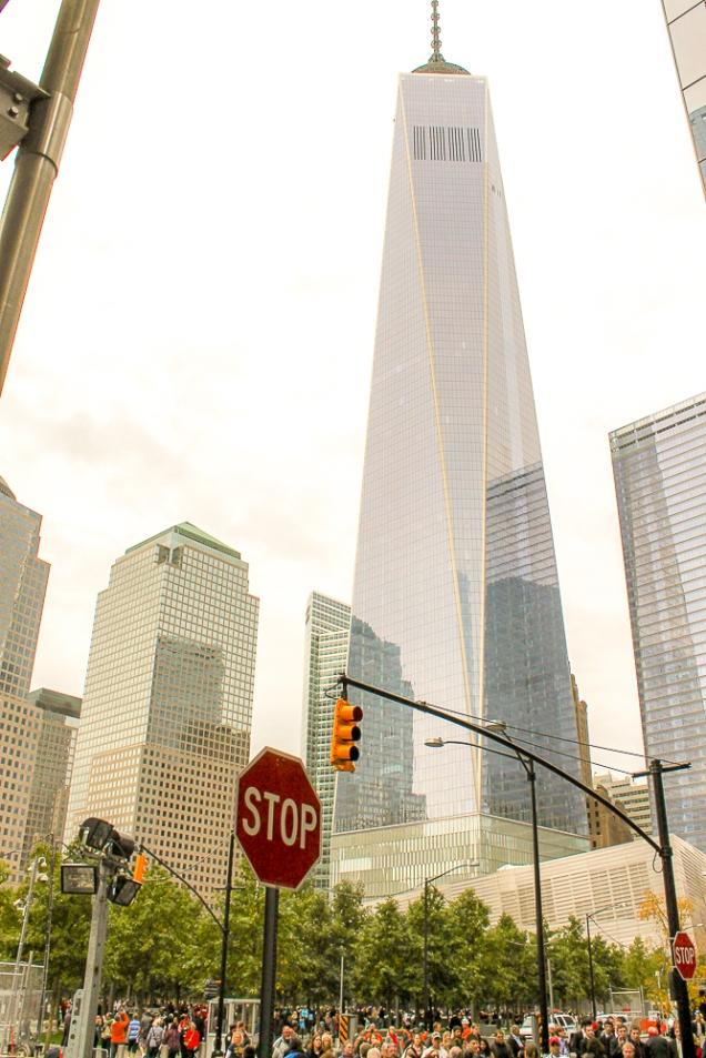 o One WTC um mês antes de sua inauguração, em out/14