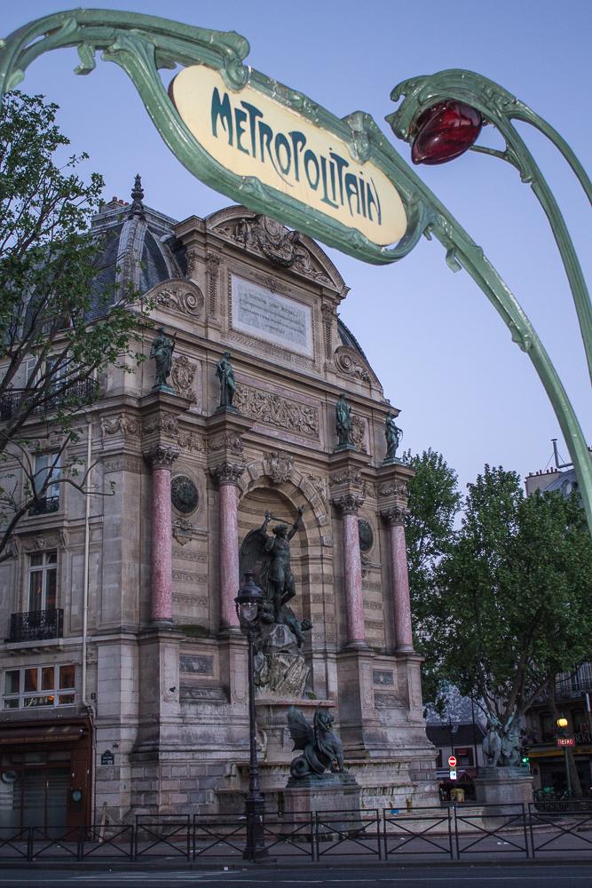 Boulevard Saint Michel vazio, só às 6h!