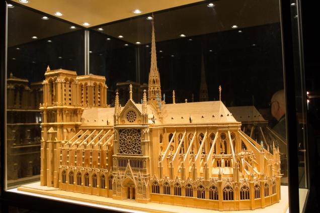A maquete da Notre Dame
