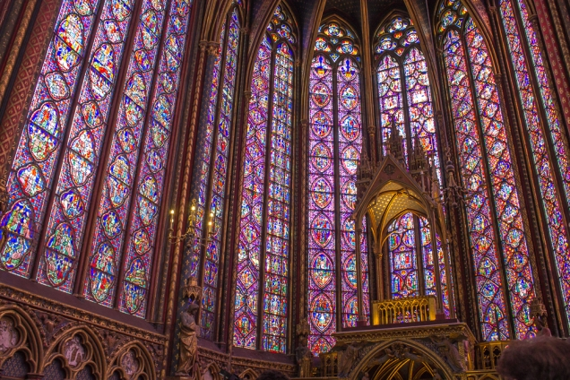 O interior da Sainte Chapelle