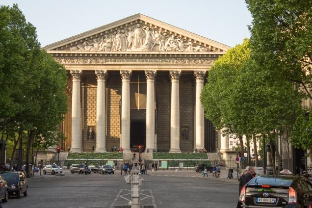 A igreja católica que parece templo politeísta