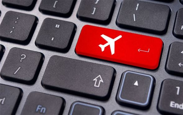 booking-holiday-online-fraud-stay-safe[1]