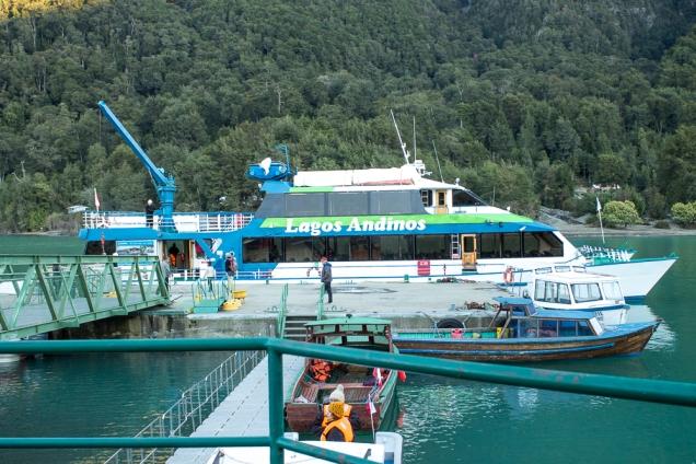 Port Petrohue, lago Todos Los Santos