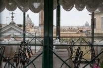 Ciampini, na Piazza dei Spagna