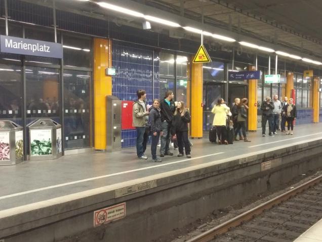 Plataforma da estação Marienplatz