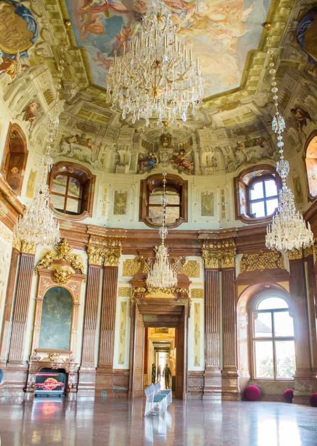 O Hall de Mármore no Alto Belvedere