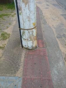 No meio do caminho, tinha um poste...