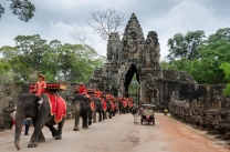 angkor-thom-gate-cambodia_l