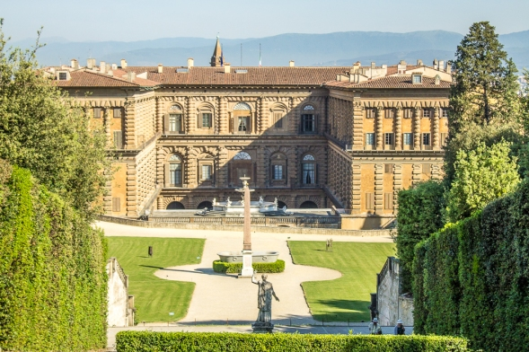 """O Palazzo Pitti visto de seu """"quintal"""""""