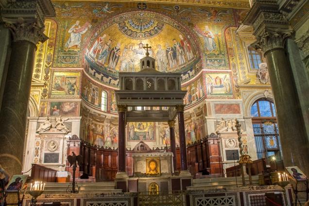 Santa Maria em Trastevere, uma das minhas preferidas