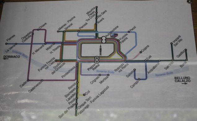 Trajetos de ônibus urbano na região de Cortina