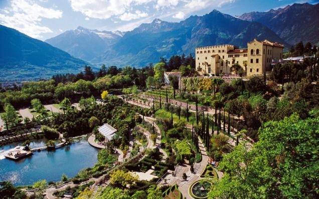 Castelo e Jardins em Merano