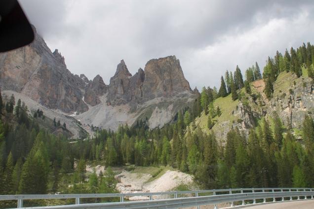 Estrada entre Cortina e Lago Misurina