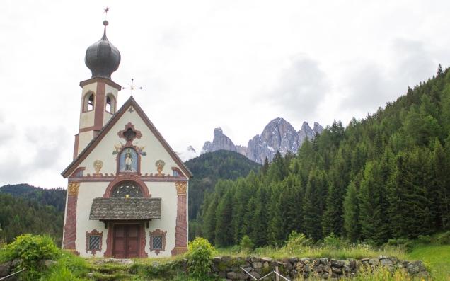 A capela S. Giovanni, em Funes