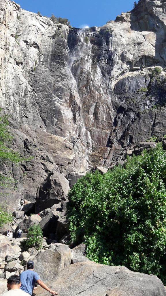 Yosemite Fall: o volume assustador da primavera virou vapor no final do verão