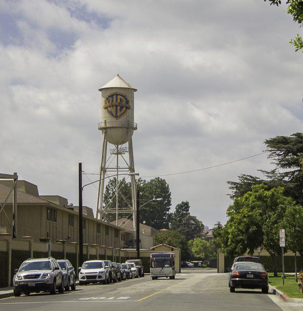 quanto custa o tour da Warner Studios