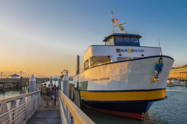 baía de São Francisco de barco