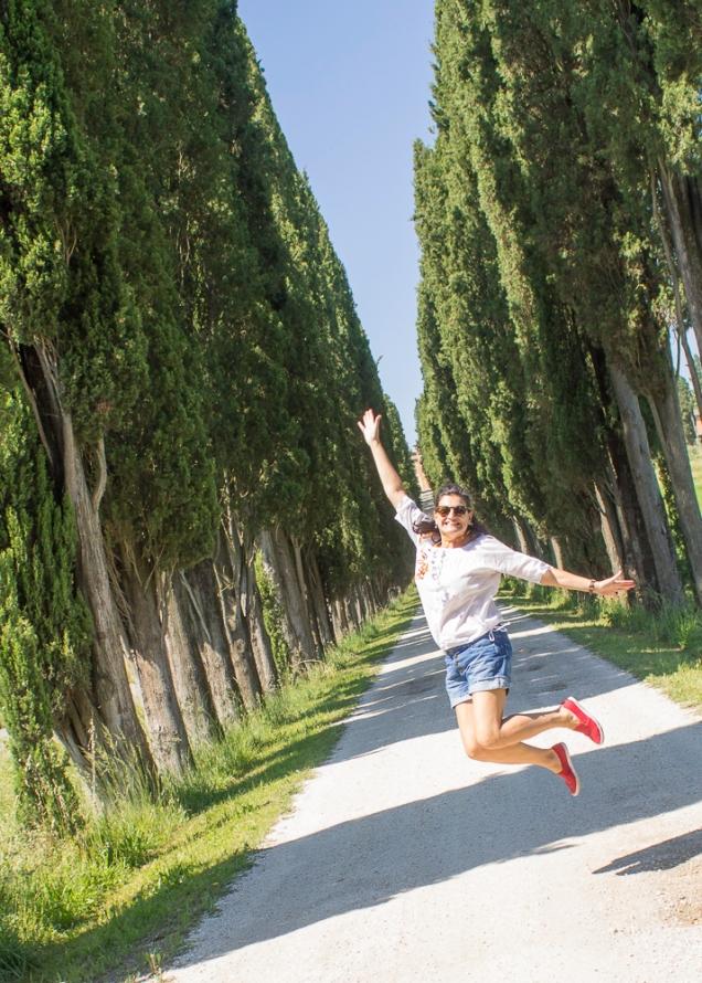 Toscana estrada de ciprestes