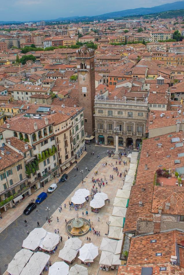 A Piazza delle Erbe vista da Torre