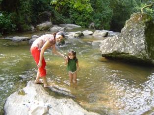 Em 2006, curtindo a água fria em Penedo-RJ