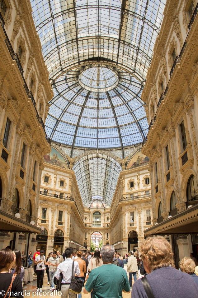 bate-voltas de Milão