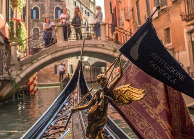 Veneza_gondola_pontos_turísticos